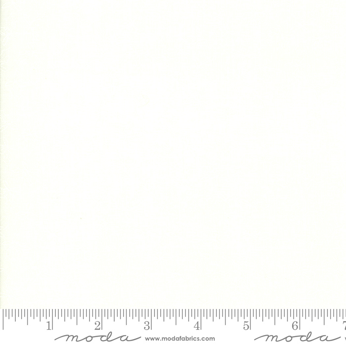 Moda Country Christmas Holly White On White 2966-22