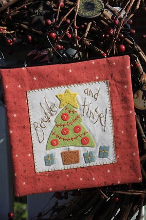 Baubles & Tinsel Pattern by Anni Downs